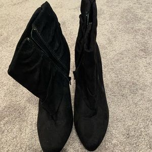 JLo Black Ruched Ankle booties